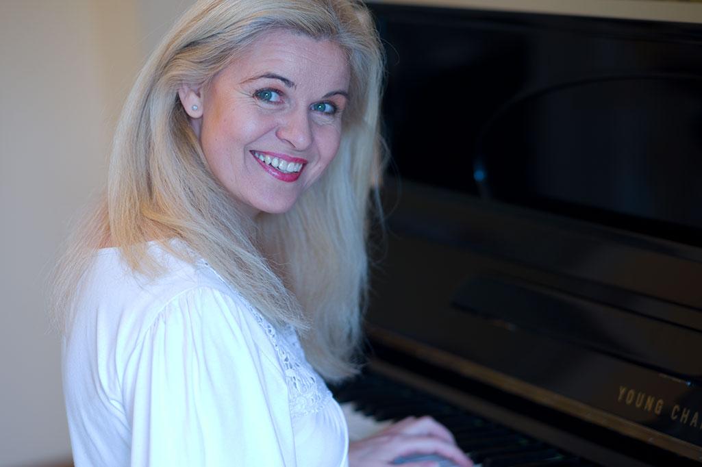 Annette Schiffer